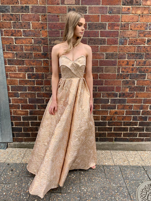 Gabbie gown - gold