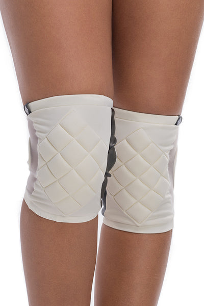 Knee Pads in White