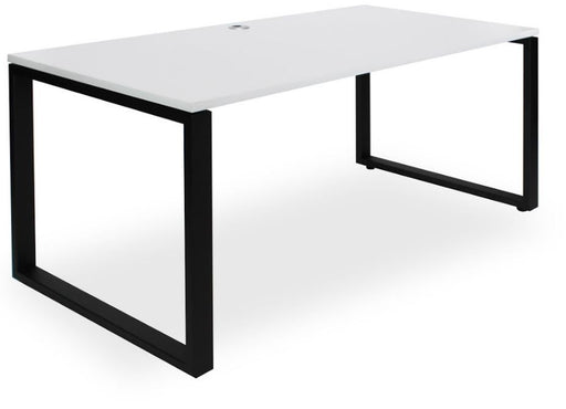 cube enclosed leg desk