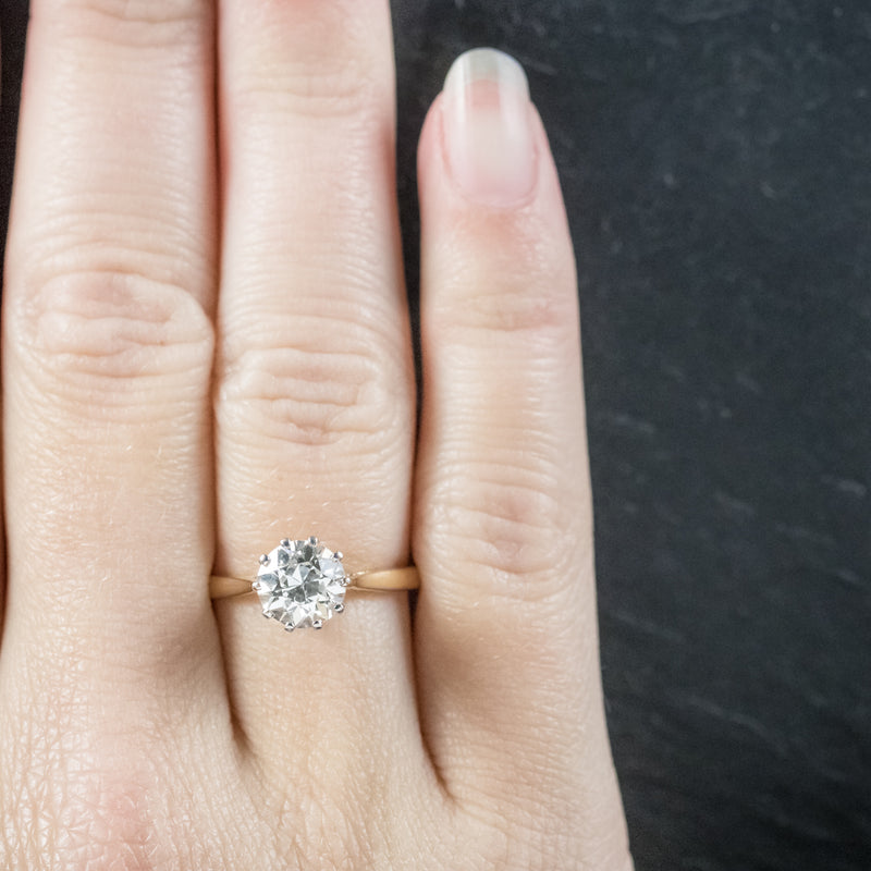 Antique Victorian Diamond Engagement Ring 18ct Gold Circa 1900 hand