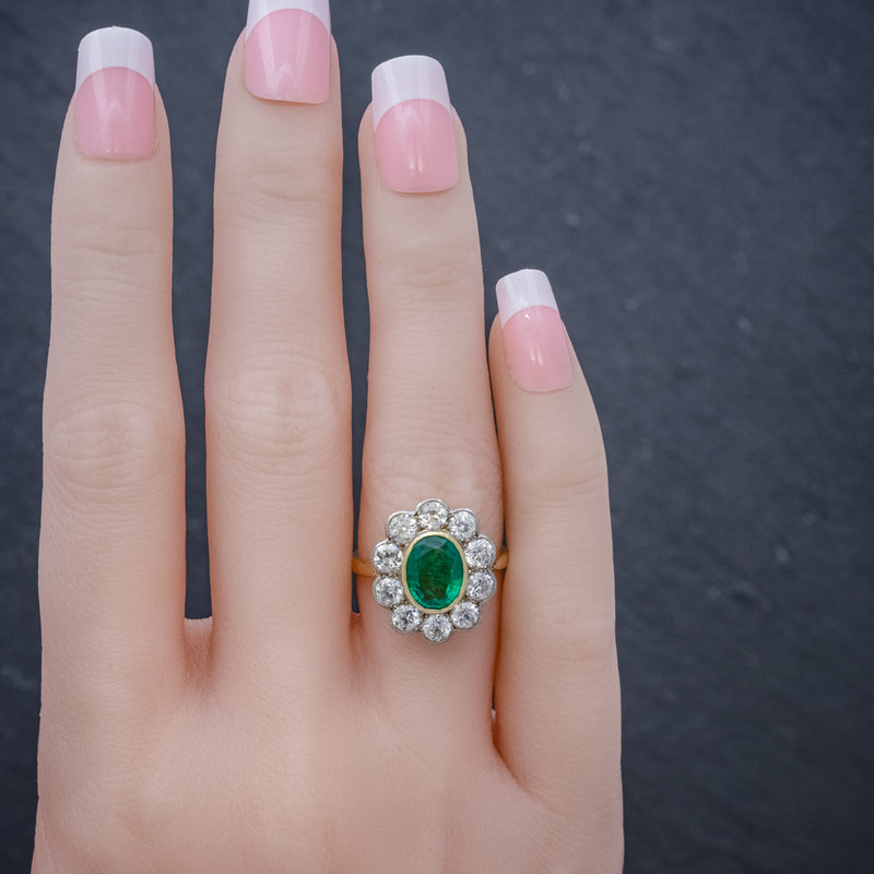 EMERALD DIAMOND CLUSTER RING 18CT GOLD 1.80CT EMERALD HAND