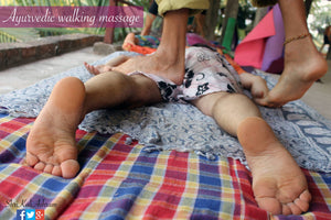 Āyurvedic Walking Massage