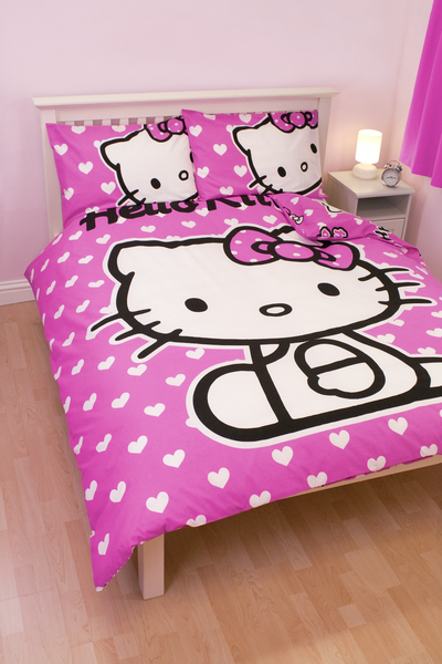 Hello Kitty 'Hearts' Single Duvet Cover and Pillowcase