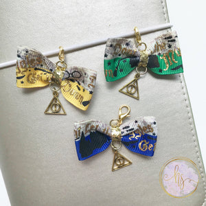 Magic Wizard School Bow Charm
