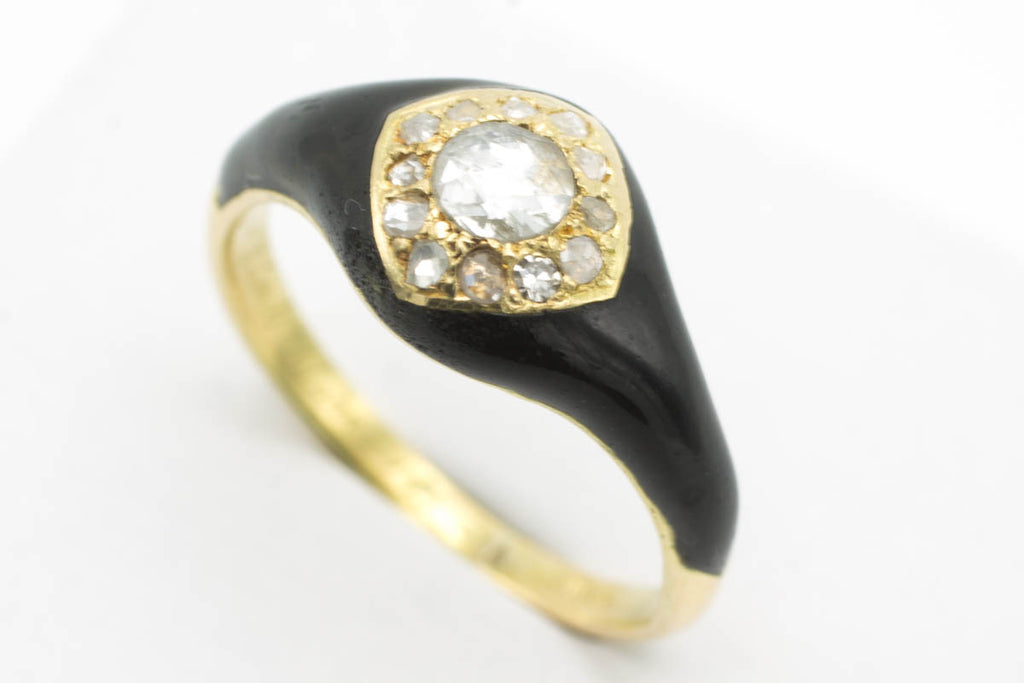 Victorian mourning ring with rose diamonds in 18 carat gold-Antique rings-The Antique Ring Shop, Amsterdam