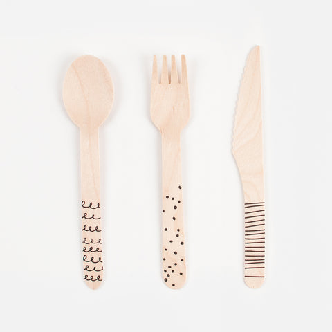 18 Wooden cutlery - Graphic black