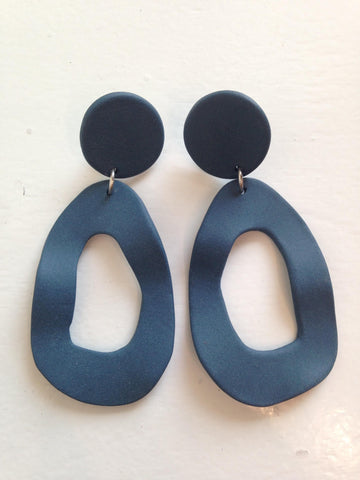 BIG ARCH EARRING