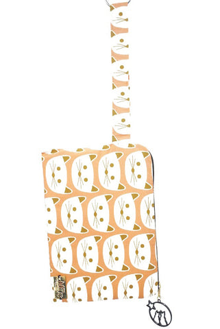 Wristlet in Cats on Blush