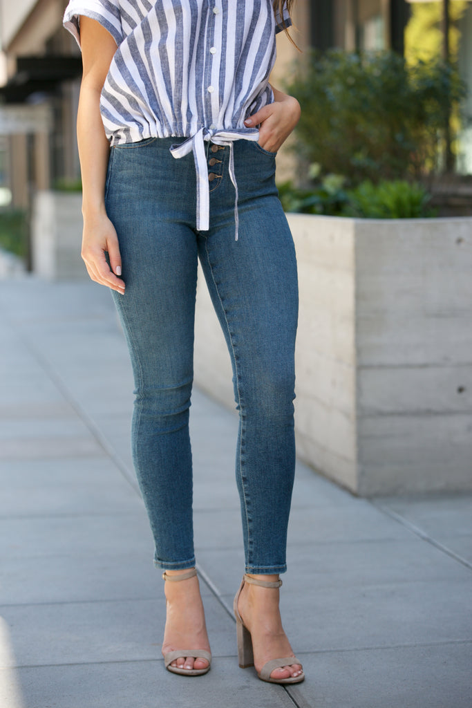 JOE'S JEANS The Charlie High Rise Skinny Crop in Nessa
