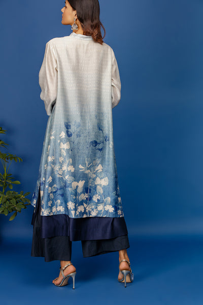 Floral  Printed Kurta With Buttoned Down Side Slits. Ivory