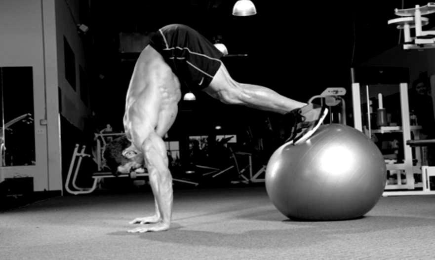 Stability Balls & the Boost They Give Your Workout