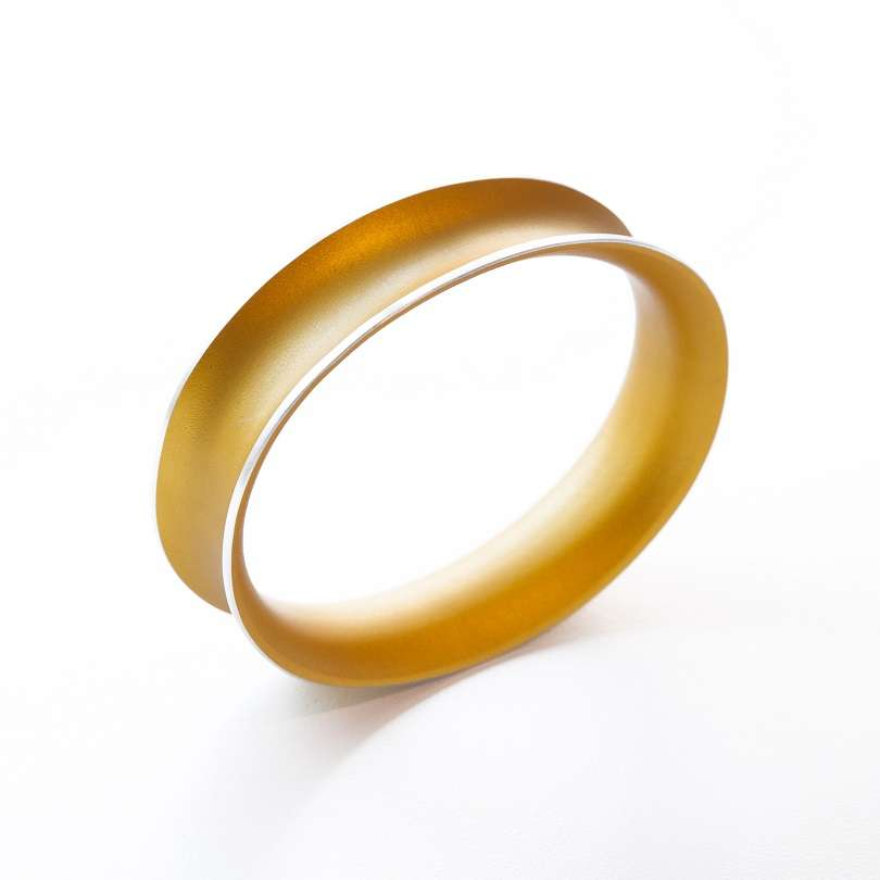 Anodized Bangle Small Gold