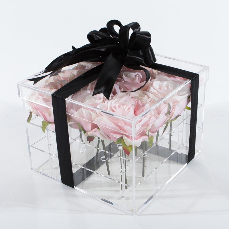 16 Stalks Of Roses In Acrylic Box - Pink
