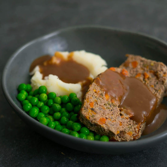 Meat Loaf, Mash & Peas - Fresh Meals 2 U