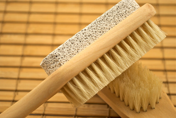 Pumice Brush with Handle