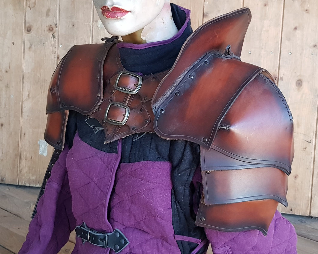 Archer Ranger Leather armor set.