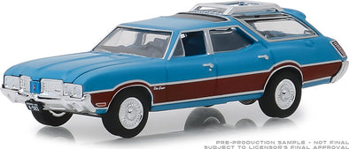 GreenLight 1/64  Estate Wagons Series 3 - 1972 Oldsmobile Vista Cruiser - Viking Blue and Wood Grain Solid Pack #29950-D