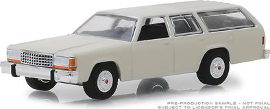 GreenLight 1/64  Estate Wagons Series 3 - 1984 Ford LTD Crown Victoria Wagon - Pastel Desert Tan Solid Pack #29950-E