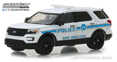 GreenLight 1/64 Hot Pursuit Series 30 - 2016 Ford Police Interceptor Utility - New Orleans, Louisiana Police Solid Pack #42870-E