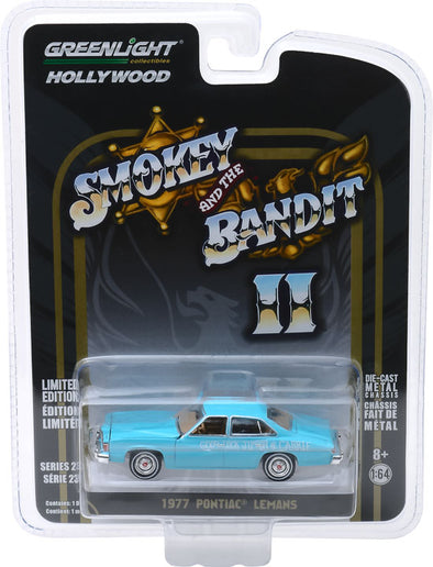 "GreenLight 1/64 Hollywood Series 23 - Smokey and The Bandit II (1980) - 1977 Pontiac LeMans ""Wedding Car"" Solid Pack - #44830-B"