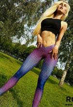 Load image into Gallery viewer, Woman's workout leggings