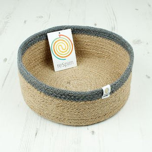 Shallow Jute Basket - Medium - Natural/Grey - The Wild Tree