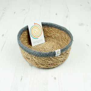 Shallow Seagrass & Jute Basket - Small - Natural/Grey - The Wild Tree