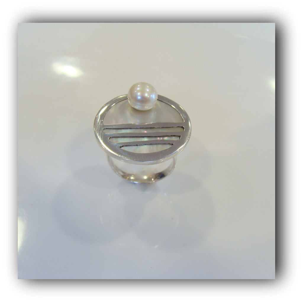 Freshwater Pearl Ring - Broome Staircase Designs Pearl Gallery - 1