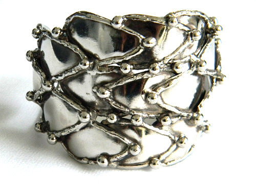 Bed Of Thorns Cuff