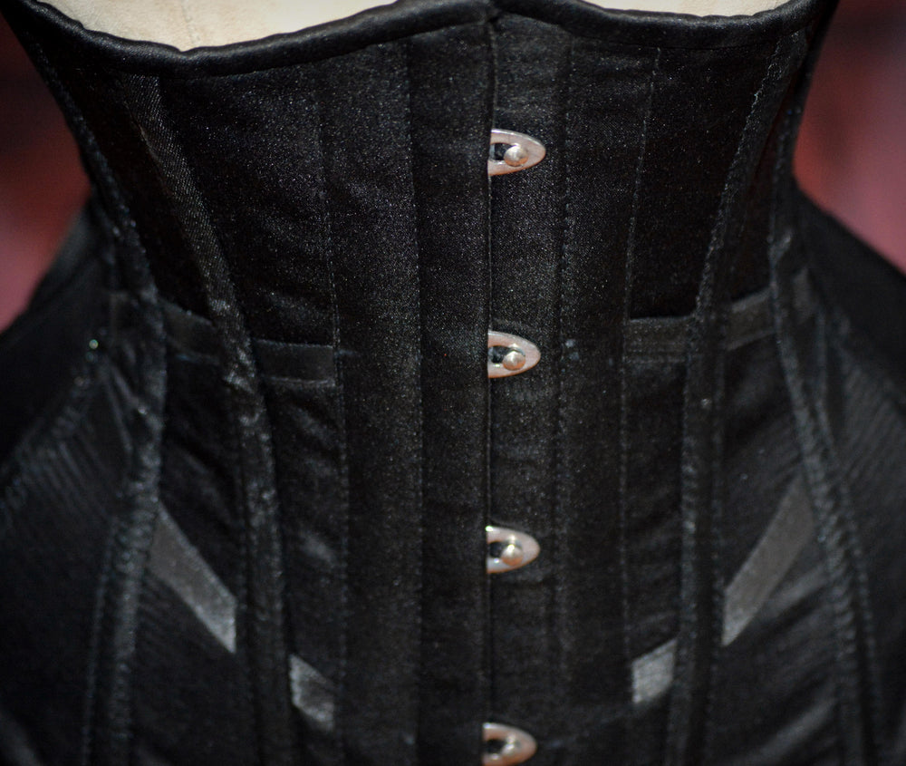 Hourglass made to measures underbust authentic satin corset, only bespoke.