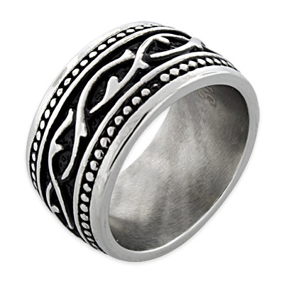 products/stainless-steel-thorn-tribal-pattern-band-ring-18_f147eb69-28b3-46e8-ac74-4c7c7bd13e07.jpg