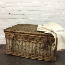 Load image into Gallery viewer, Vintage Wicker Laundry Basket