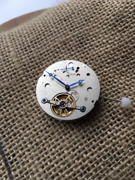 2L44 mechanical automatic power reserve movement 35 jewels