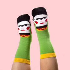 Art gift for kids - funny artist socks - Frida Callus