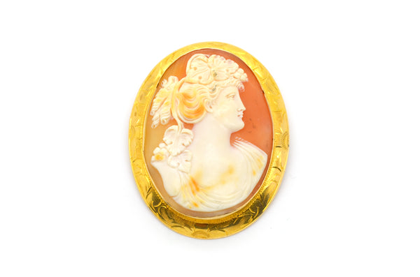 Vintage Woman Shell Cameo Brooch in 14k Yellow Gold Frame - 59 mm by 47 mm