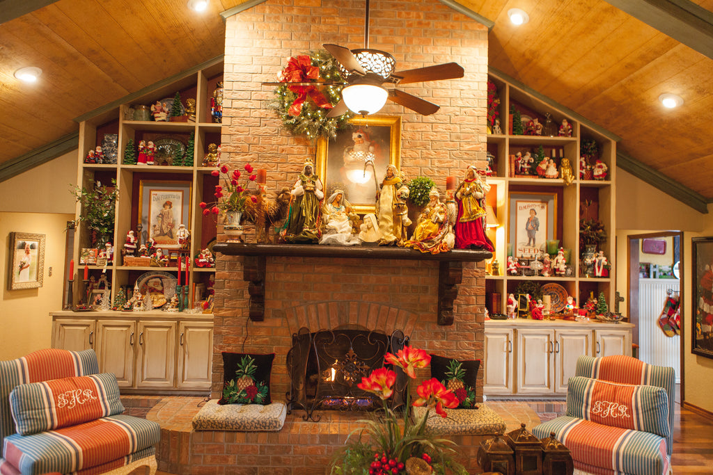 Kathy's Holiday Home Tour - Living Room Decorated for Christmas