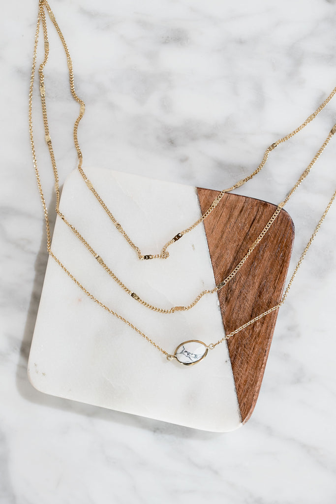 Cape Coral Crush Layered Necklace In White