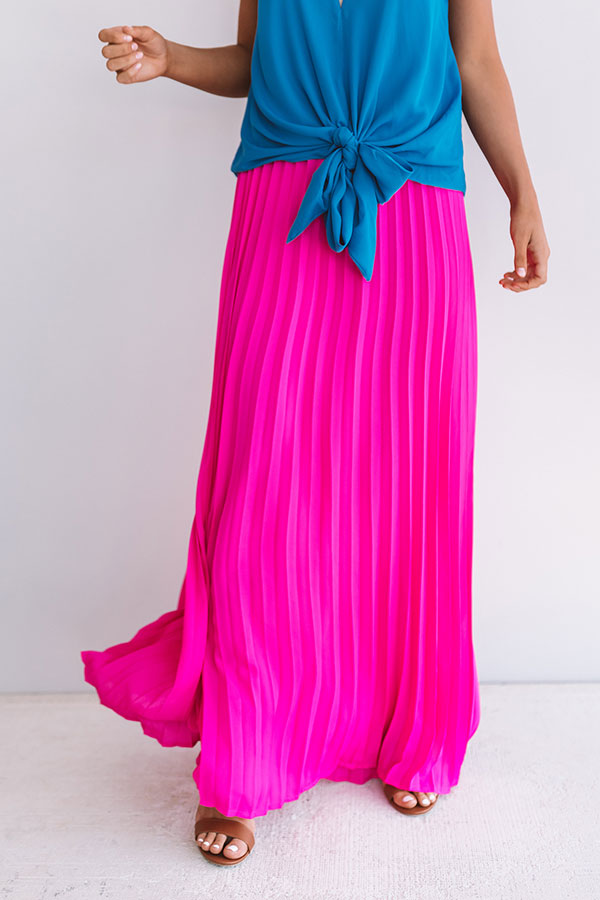 Kisses In Florence Pleated Skirt In Hot Pink