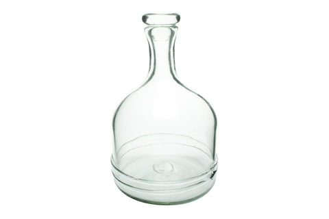 The William Decanter by Canvas