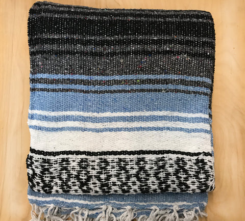 Mexican Blanket: Light blue Grey