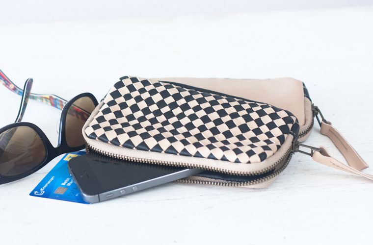 The Antheia handwoven zipper wallet in beige by milloo
