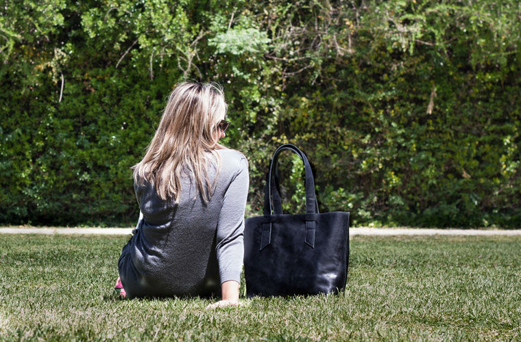 The Calisto tote bag in black leather by milloo