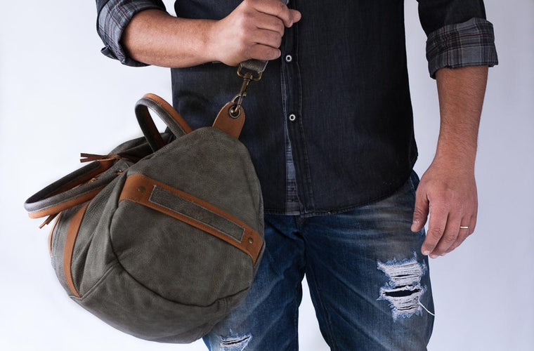 The Nestor duffle bag in grey leather by milloo