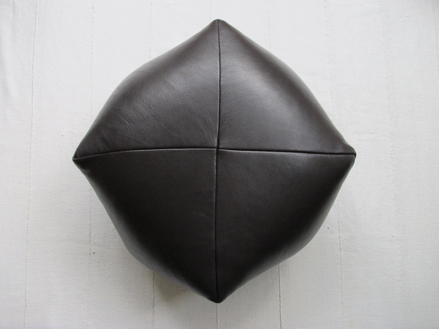DUMPLING CUSHION in chocolate lambskin, med