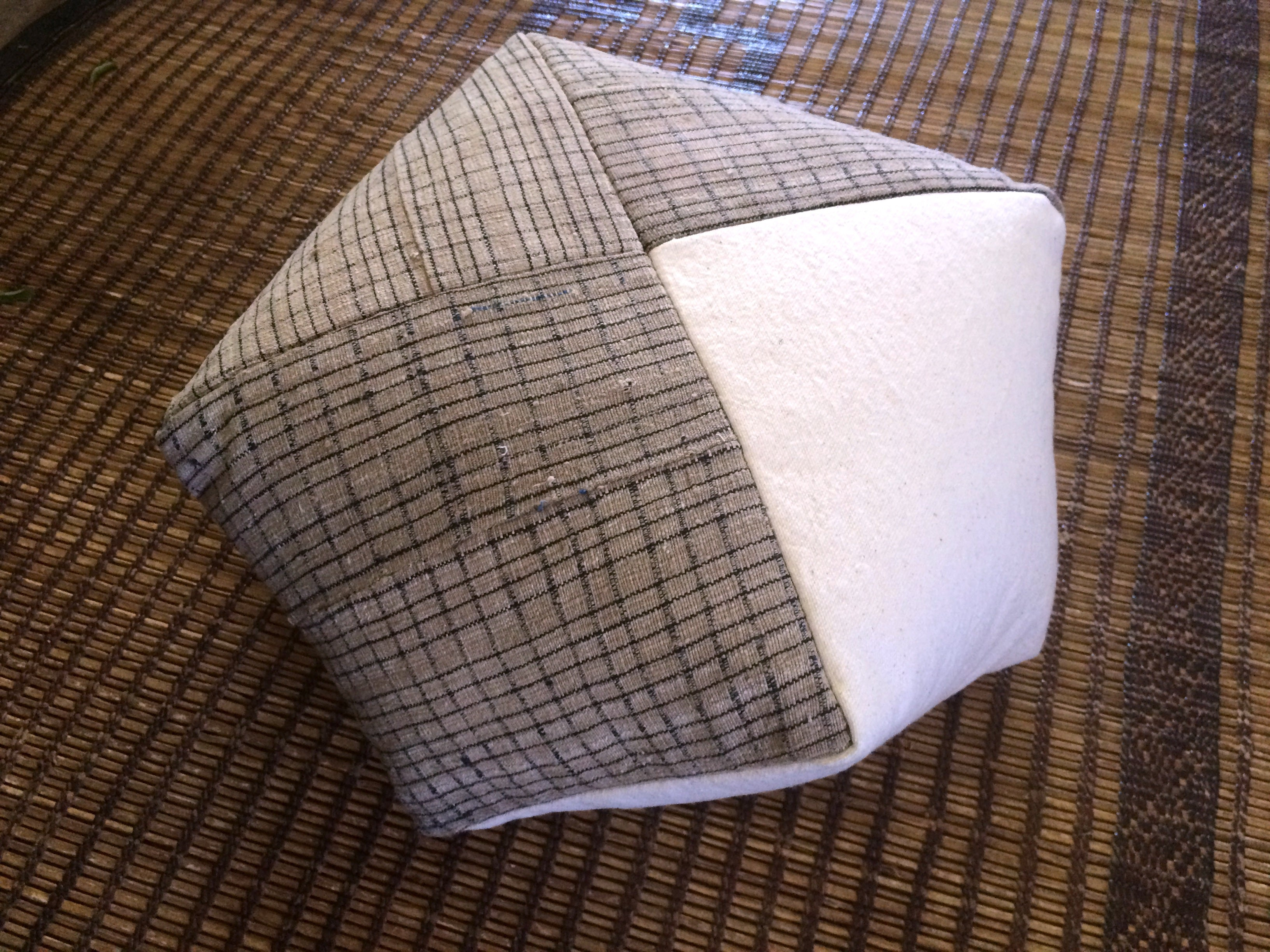 DUMPLING CUSHION, vintage textile mix, sm.