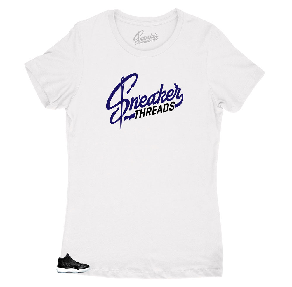 Womens shirts matches perfectly with Jordan 11 space jam low top sneakers