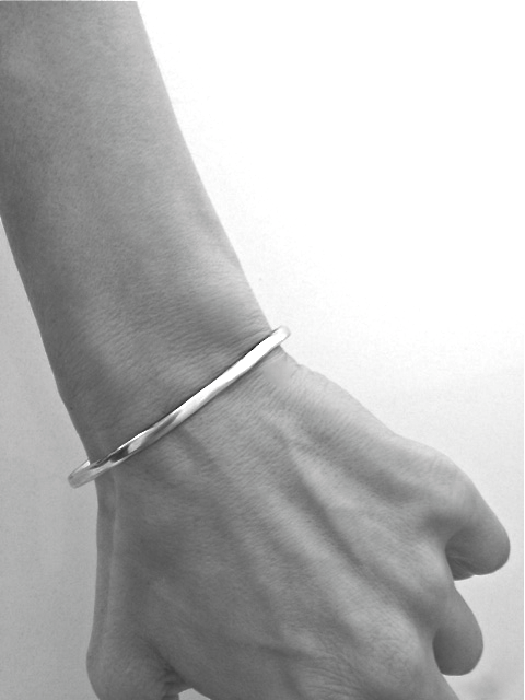 """Gather Paradise"" Cuff Bracelet in Silver - Emily Dickinson ""I Dwell in Possibility"" by Marla Studio - ModernTribe - 3"