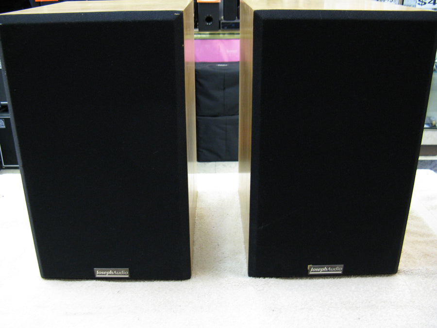 Joseph Audio RM7si Bookshelf Loudspeakers - Chicago Pawners & Jewelers