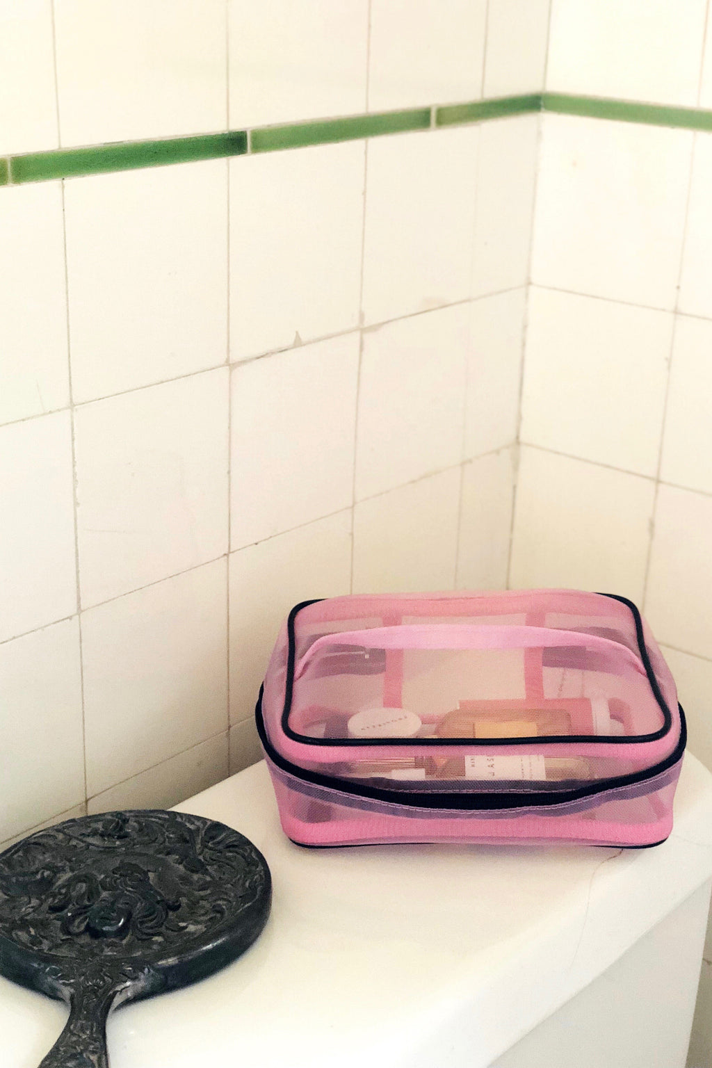 Mesh Train Case in Pink
