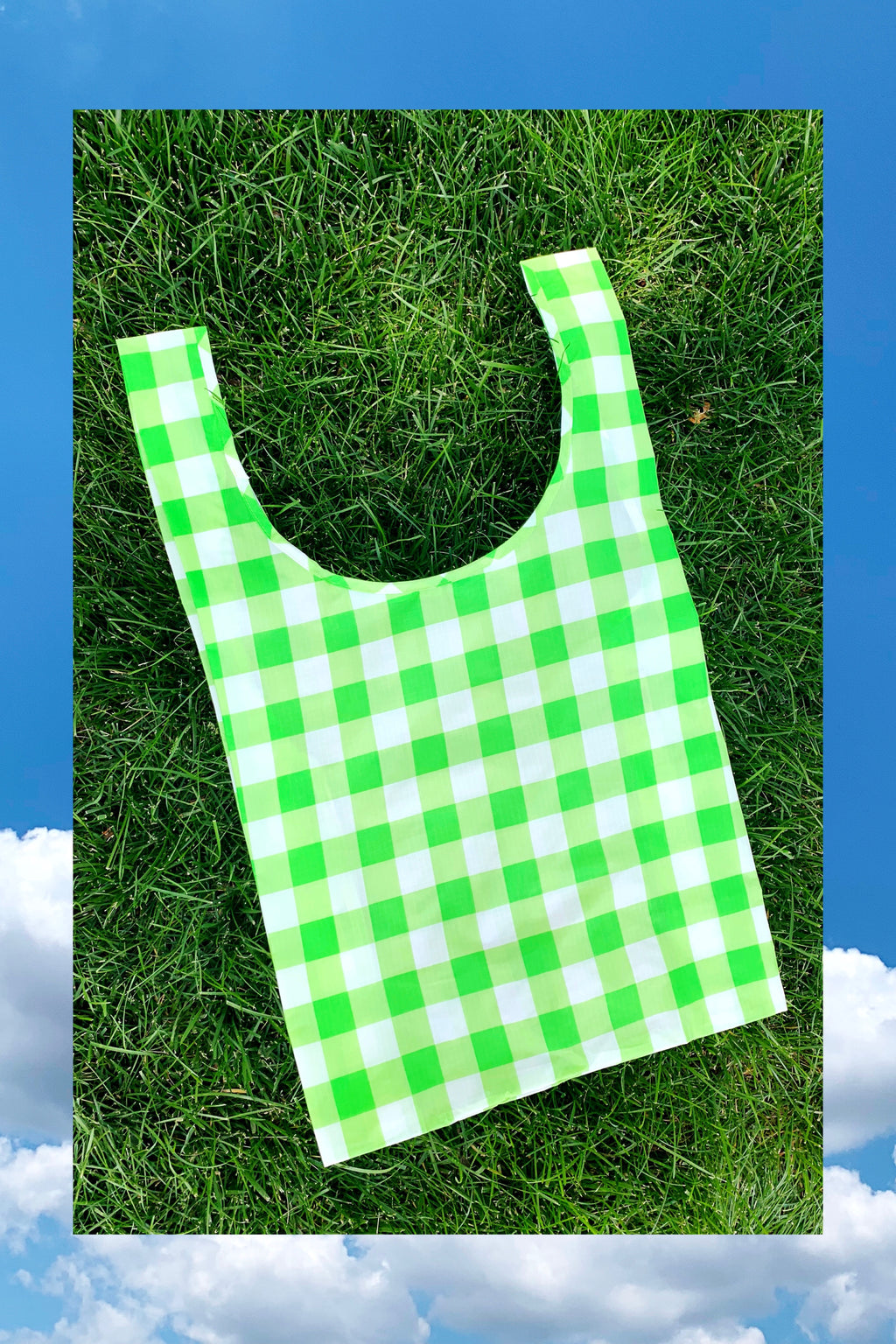 Standard Tote in Big Check Lime